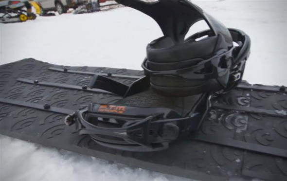 The-Worlds-First-3D-Printed-Snowboard-by-Signal-Snowboards-2
